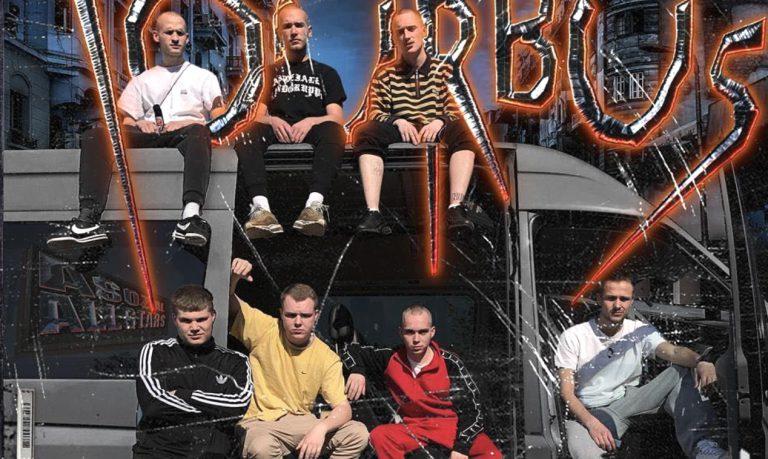 Komplettabriss: 102 Boyz nehmen euch mit im »Tourbus« // Video