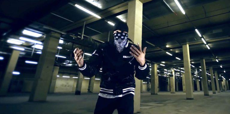 AK AusserKontrolle – Bang Bang // Video