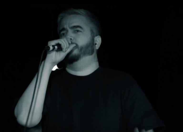 Audio88 & Yassin holen sich AnnenMayKantereit für eine Live-Version von »Schellen« // Video