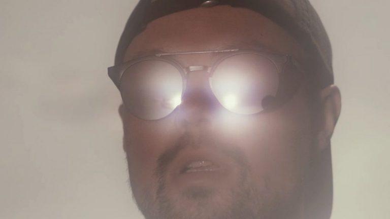 Dazzle – Aufhängen // Video