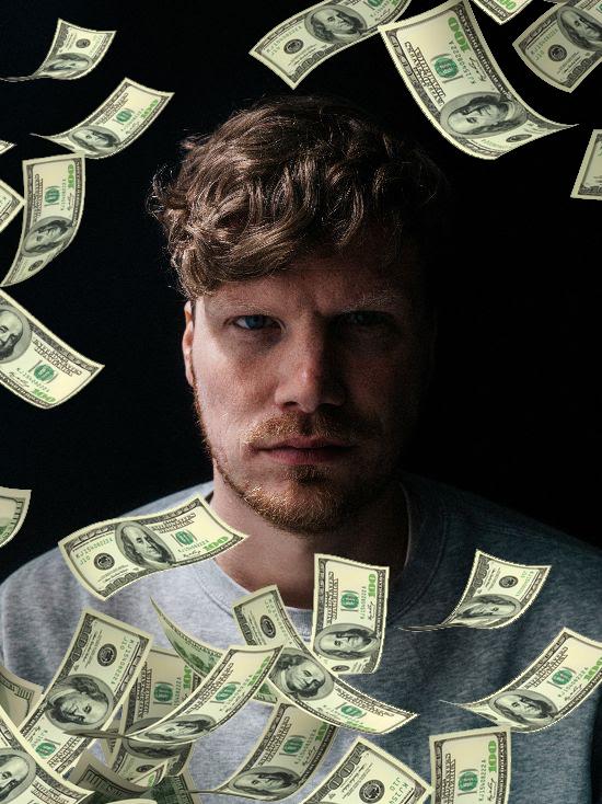 »Ich brauche das ganze Geld, um leben zu können« Dexter im Interview über Geld // C.R.E.A.M
