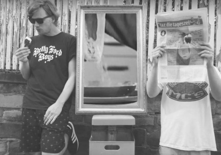 Dexter feat. Retrogott – Am Flughafen (Hubert Daviz Remix) // Video