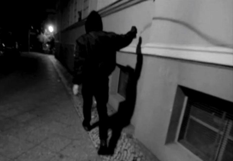 Die Achse meldet sich mit radikalem Video zurück und kündigt EP an // Video