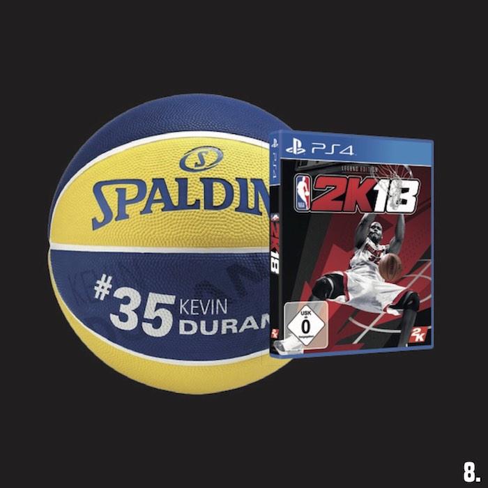 8. 1x NBA 2K18 & original Spalding-Ball