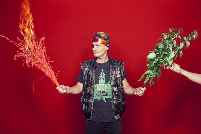 »Ich habe diese Musik gehört und von Liebe geträumt« – Kaas über Boygroups  // Interview