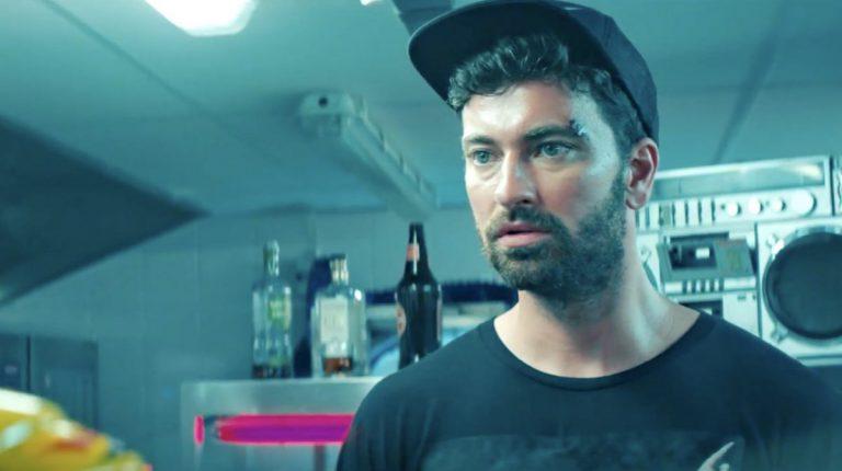 »Hits sind geil!«: Marteria über seine neue Single »Das Geld muss weg« // Video