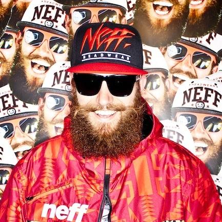 »Manche reden nur über Bitches oder Schießen und Stechen, ich über Marken« // MC Fitti im Interview