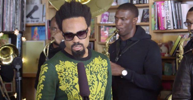 »It Ain't Fair«: The Roots und Bilal übernehmen das NPR Tiny Desk Concert // Video