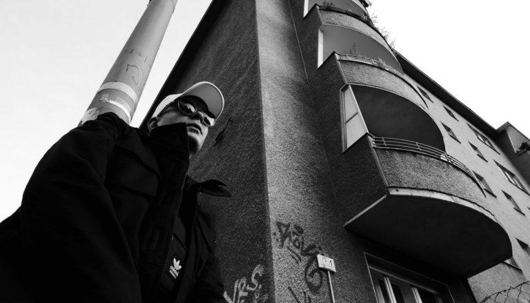 Trettmann – KitschKrieg 3 (Full EP Stream) // JUICE Premiere
