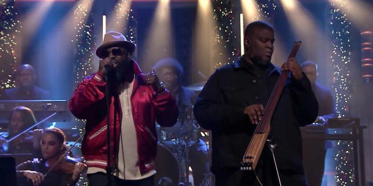 Black Thought und Salaam Remi performen bei Jimmy Fallon // Video