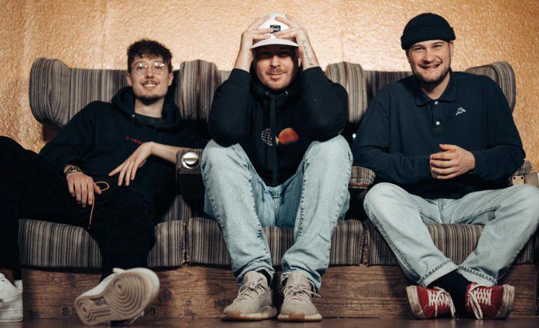 American Dreams: Das Producer-Trio Shucati über die Arbeit mit Timbaland, Dave East uvm. // Interview