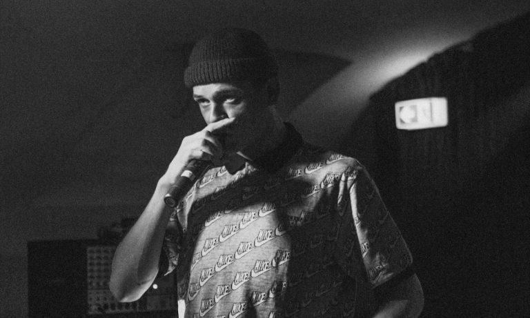John Known muss »Geschichten des John Doe«-Tournee absagen // Live