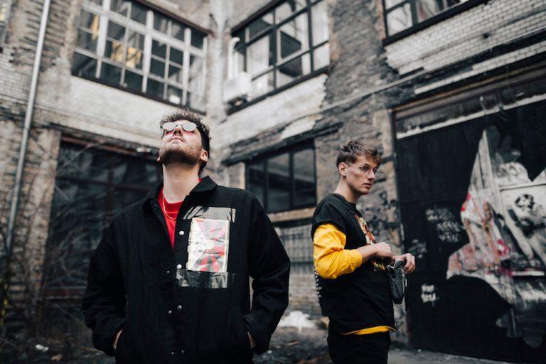 Holy Modee und Morten gehen gemeinsam auf Tour // Live