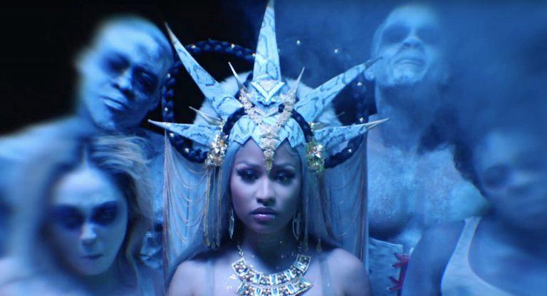 Nicki Minaj – Hard White // Video
