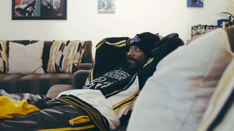»I Wanna Go Outside« – Snoop fällt die Decke auf den Kopf // Video