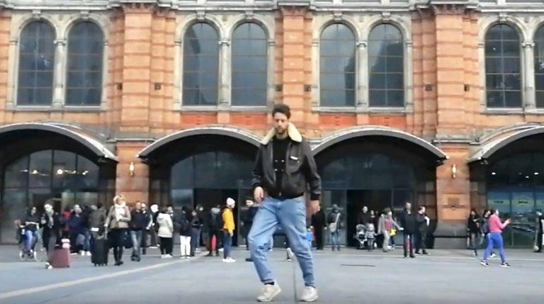 Lass sie tanzen! Tightill mit der Dance-Challenge // Video